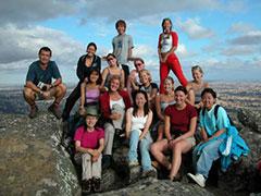 Carlos y parte de las 18 ninfas, en la cima del monte Abrupt