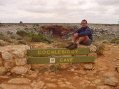 La cueva de Cocklebiddy, ¡¡un lago en su interior !!
