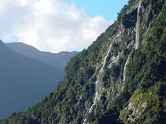 Cascadas en el fiordo