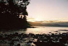 Hermoso amanecer en Deadman's Bay