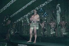 El amenazador aspecto de los guerreros maorís