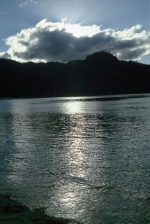 Atardecer en Anchorage Bay, una de las hermosas bahías del Abel Tasman