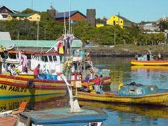 Las barcas y casas multicolores de Ancud