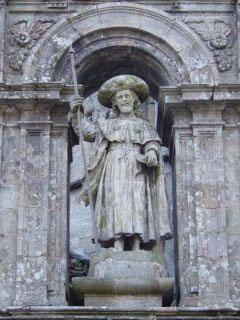 Santiago Apóstol presidiendo la fachada de la Catedral