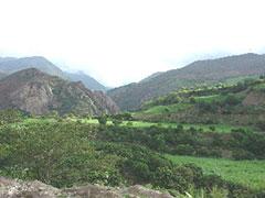 Hermosos valles camino de Cajamarca