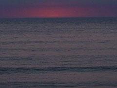 El sol apareció justo al ponerse a las 22h15, para despedirse