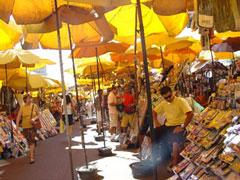 Mercado multicolor en Porto Alegre