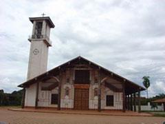 La misión de San Ignacio con el horrible campanario