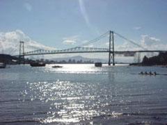 Uno de los puentes de Floripa