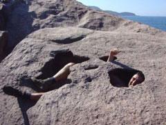Rocas horadadas en Caxadaco
