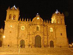 La Catedral de noche