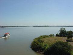 Vista del lago desde el Gasómetro de Porto Alegre