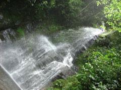 Una de las cascadas de Coroico