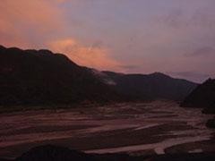 El amanecer camino de Sucre