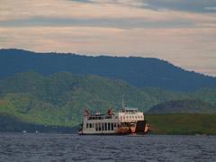 Ferry camino de Lombok