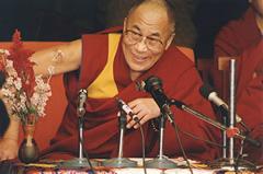 El Dalai Lama en audiencia pública