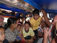 """Mi primer """"bus"""" en Laos"""