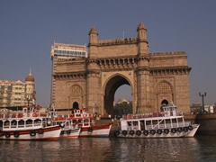 La Puerta de India (Gateway of India)