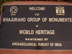 Cartel de la UNESCO. Patrimonio Humanidad