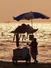 Atardecer en la playa en Cochín