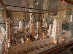 Maqueta del templo Sri Meenakshi con las 12 torres