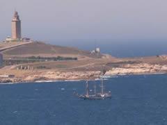 Llegada de barcos a La Coruña desde el faro de Mera