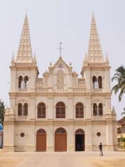 Basílica de Santa Cruz en Cochín