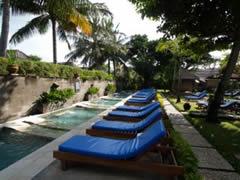 Zona de relax en el Bali Dinasty