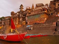 Barcas en el Ganges