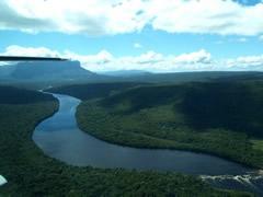 El río y los rápidos que tendremos que sortear
