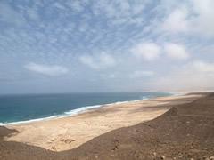Playa salvaje en el norte de la isla