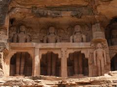 Estatuas Jainistas
