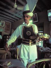 Camarero del Indian Coffee House
