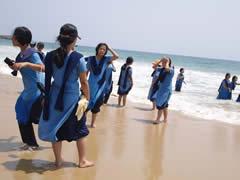 Así se bañan las mujeres en India