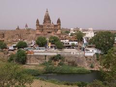 Vista del río y del templo desde el palacio