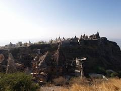 Panorámica de los templos en la cima