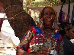 Vendedora en el mercadillo de Anjuna