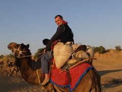 """El camello y el """"camellero"""""""