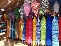 Lámparas en el mercadillo de Anjuna