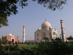 Vista general del Taj y de la mezquita