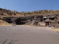 Cuevas jainistas de Ellora