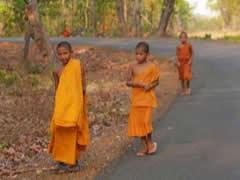 Monjes en Khone Phapheng