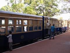 El toy train