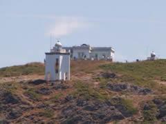 El faro de Mera, una atalaya privilegiada para ver la salida de la regata