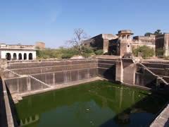 El estanque de agua del fuerte