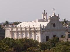 Iglesia colonial en Diu