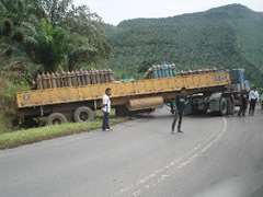 El accidente en la carretera a Semporna