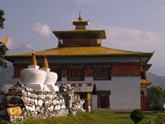 Las estupas del monasterio de Tashiding