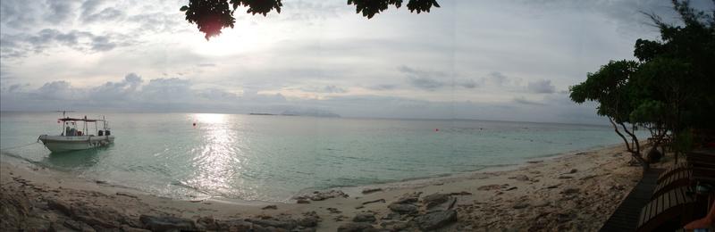 Panorámica Olympus de la playa en Mataking