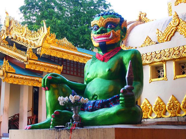 02_Shwedagon